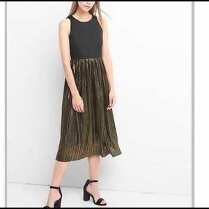 GAP Midi black and metallic dress